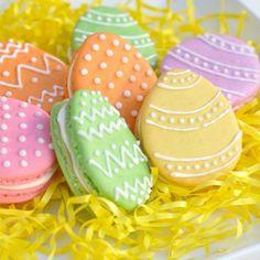 Easter Macarons!
