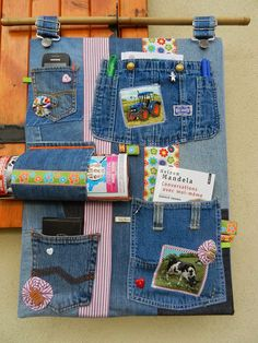 6 Amazing Ideas For Reusing Old Jeans Jean Crafts, Denim Crafts, Jean Organization, Artisanats Denim, Jean Diy, Sewing Crafts, Sewing Projects, Denim Furniture, Recycling