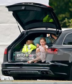 Prince George and Princess Charlotte's Carside Snack Break During Polo Match 'Showed Real Life' Duke And Duchess, Duchess Of Cambridge, British Phrases, Khaki Green Dress, Polo Match, Play Soccer, Family Day, Princess Charlotte, Dance Moves