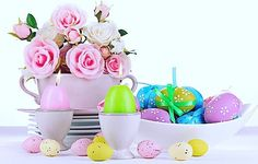 Happy Easter weekend! I hope you all enjoy it with loved ones  #easter #weekend #happy #friends  #followme #calgary #alberta #canada #family #chicks #roses #eggs #pink #yellow #blue#green #goodfriday by kaylaallure02
