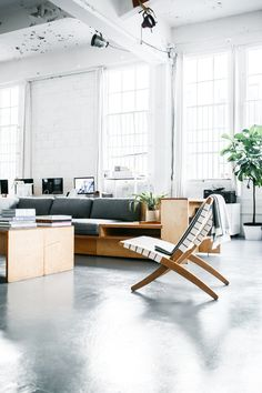 Style and Create — What an office! |Everlane Studio in San Fransisco...