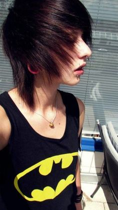 These piercings. That shirt. I love this guy, and I don't even know him. xD