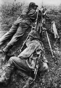 Waffen-SS im Einsatz an der Front