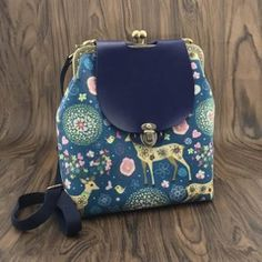 B168  免剪免烫包邮粗麻蓝绿色小鹿20cm方形口金双肩背包材料包