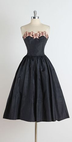 Fly Me Away . vintage 1950s dress . vintage by millstreetvintage