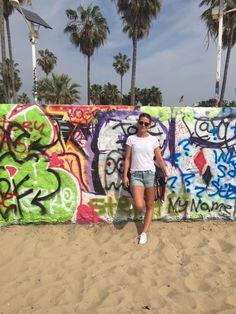 http://www.wandervibe.com/venice-graffiti-walls/ #venice #beach #california #la #losangeles #travel #blog #travelguide