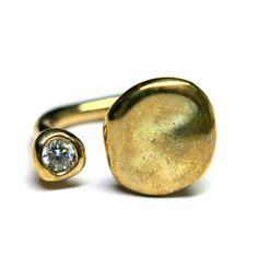 MONICA CASTIGLIONI JEWELRY - monicacastiglioni.com Monica Castiglioni, Gold Jewellery, Jewelery, Modern Jewelry, Bling Bling, Cufflinks, Gems, Glitter, Lingerie