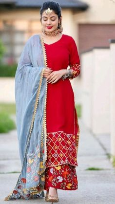 Indian Dress Up, Party Wear Indian Dresses, Designer Party Wear Dresses, Indian Designer Outfits, Indian Fashion Dresses, Designer Wear, Beautiful Dress Designs, Stylish Dress Designs, Beautiful Suit