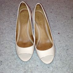Aldo wedge shoes Used only once, will ship in original box. Size 7.5. They are beautiful but i need a bigger size. Wedge, patent beige leather. 3.5 heel with no platform. ALDO Shoes Wedges