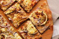 Pizza with tahini, lemon and za'atar // Dinners for Winners