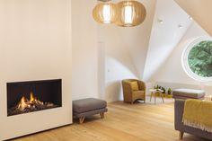 Lounge with fireplace (B&B Summertime, Koksijde (BE))