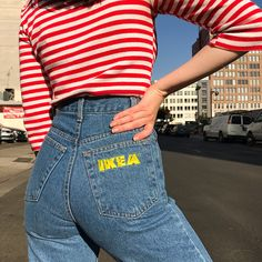 "Ikea brand high waisted denim with raw hem. These are on the smaller side…"" 90s Grunge, Grunge Outfits, 90s Fashion Grunge, Grunge Look, Grunge Style, Fashion Outfits, Diy Vetement, Painted Jeans, Looks Cool"