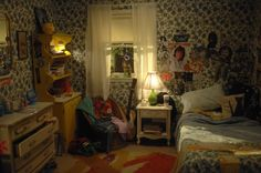 Michael Shaw Production Design - Private Lives Of Pippa Lee Hippie Bedroom Decor, Bedroom Inspo, Uni Room, Rement, Roommates, Aesthetic Bedroom, Fashion Room, Cool Rooms, House Rooms