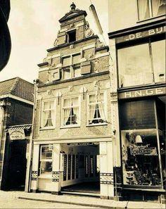 In de Overstraat was een automatiek van Wagemans. Zijn broer had 3 slagerijen waarvan er 1 ook in de Overstraat was en de andere in de Nieuwstraat en de Maastraat.