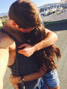 Quando você ama, você não desiste, você não abre mão, não deixa de lado, você luta por aquela pessoa, todos os dias, mesmo sofrendo. http://www.pinterest.com/dossantos0445/as-mil-palavras-i-love-you/