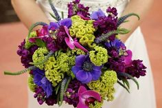 Very vibrant colors in this wedding bouquet. Lovely!