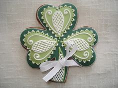 White detail shamrock cookies