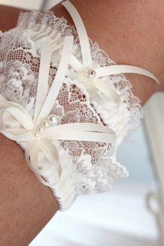 cbbd4a3d4af ivory lace garter set ivory wedding garter set by INVITESTORE Ivory Wedding  Garter