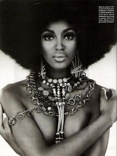 Naomi Campbell beautiful african-american black woman fashion model female face portrait with afro and jewelry b w photography Black Girls Rock, Black Girl Magic, Black Is Beautiful, Beautiful People, Beautiful Women, Simply Beautiful, Absolutely Gorgeous, Beautiful Pictures, Hair Afro
