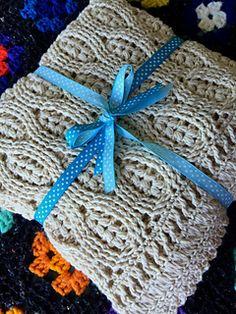 Wheat stitch Baby Blanket Tutorial ༺✿Teresa Restegui http://www.pinterest.com/teretegui/✿༻