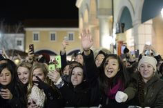 Jesse McCartney fans at the Tanger Holiday Tree Lighting 2014.