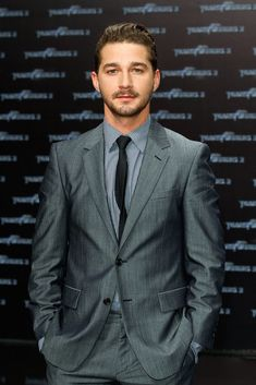 A Gentle Reminder That Shia Is Still a Pretty Attractive Dude.pairing his absolute cuteness, devilish grin, and his silky tone of voice and you've got one HOT / IRRESISTIBLE dude! Shia Labeof, Little Hotties, Hot Guys Eye Candy, Celebrity Look, Celebs, Celebrities, Good Looking Men, Beautiful People, Beautiful Men
