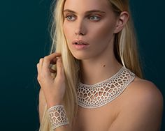 corollaria is a new jewelry collection from design studio nervous system inspired by cellular structures in nature. Impression 3d, Trendy Fashion Jewelry, Modern Jewelry, Science Jewelry, Tatting Jewelry, Clay Jewelry, Jewelry Sets, 3d Printed Jewelry, Royal Jewels
