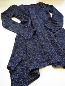 omⒶ KOPPA: Vartissa valmis - leveähelmainen trikoomekko Kinds Of Clothes, Diy Clothing, Sewing Tutorials, Sewing Ideas, Handicraft, Couture, Stitch, Crochet, Fabric