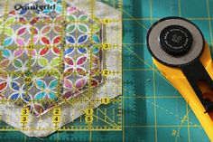 Hexagonal coasters tutorial! Unedited Photos, Quilting Projects, Coasters, Quilts, Blog, Pattern, Fabric, Photography, Scrappy Quilts