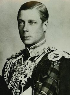 "Edward VIII ('David'), uncrowned King of Great Britain, Duke of Windsor Born: 23 June, 1894, White Lodge Son of: King George V (1865-1936) & May of Teck (1867-1953) Married: Wallis Warfield/Simpson Abdicated: 1936 Died: May 1972, Paris ""He always had something of riveting stupidity to say on any subject."" (Gore Vidal)"