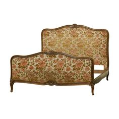 Vinterior is the online marketplace where the world buys and sells remarkable vintage and antique furniture across every lifestyle, budget and taste. Retro Furniture, Antique Furniture, Mid Century Furniture, Beds, Couch, French, Antiques, Home Decor, Antiquities