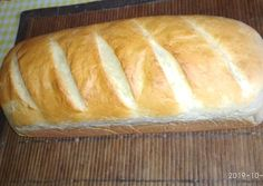 Zsemle kenyér | Varga Erika receptjeCookpad receptek Ciabatta, Bread Rolls, Winter Food, Baked Goods, Kenya, Bakery, Food And Drink, Cooking, Healthy Nutrition