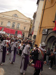 Festa di Santa Rosa: corteo storico con le Suorine di Santa Rosa