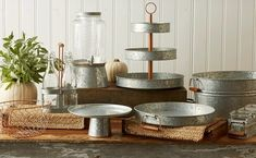 Set a trendy rustic scene for your casual entertaining with Galvanized Metal and Copper Serveware from Heritage Home. Each piece is crafted in galvanized metal for a vintage weathered look, with gleaming copper accents adding a touch of chic. Country Decor, Rustic Decor, Farmhouse Decor, Industrial Farmhouse, Farmhouse Style, Galvanized Decor, Galvanized Metal, Vintage Candy Bars, Rustic Candy Bar