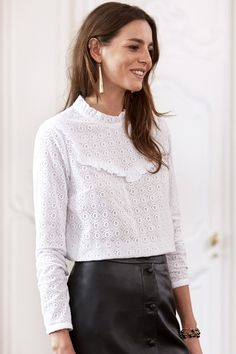 1c88ac05d74d5b Jess Ann Kirby wears a Sezane Madeleine blouse and the slim jean in ...