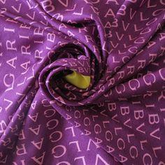 carré en soie,made in Italy, BVLGARI, fashion design, luxe authentique, e3e1d17108c