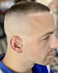 Short Buzz Cut, Short Hair Cuts, Short Hair Styles, Buzz Cuts, Popular Mens Hairstyles, Bald Fade, Cute Gay, Haircuts For Men, Barber Shop