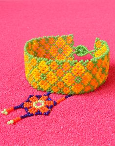 Bead Crafts, Diy And Crafts, Tiana, Bead Art, Friendship Bracelets, Bangles, Inspire, Beads, Pattern