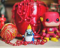 O clima natalino invade o QG do I Hate Flash e se mistura aos bonequinhos da galera. :: por Fernando Schlaepfer e I Hate Flash.