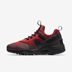 timeless design 9c22e 87f1f Nike Air Huarache Utility Gym Red-Black Mens Shoe
