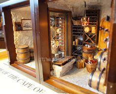 17-17 Miniatury: A custom-built Wine Cellars * Miniaturowa piwniczka -druga, trzecia i czwarta :-)