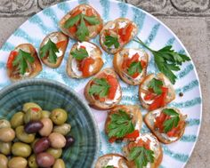 Red Pepper Crostini, one of three quick Italian appetizer recipes ♥ KitchenParade.com. Low Carb. WW1.