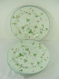 Vintage STRAWBERRY FAIR PLATE Set/5 Mikasa Salad Strawberries Antique Green Red Berry by LavenderGardenCottag & Holiday Berries Salad Plates Set of 4 | Mikasa | Pinterest | Berry ...