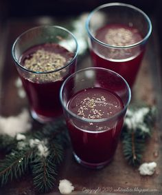 Beet Soup, Polish Recipes, Polish Food, Borscht, White Plates, Beets, Christmas Time, Xmas, Cooking