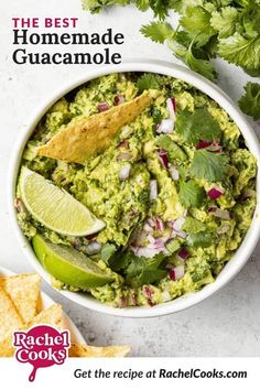 Guacamole is really easy to make. There are a whole lot of ideas about what makes the best guacamole. This is a pretty simple recipe. No sour cream or mayonnaise. No unusual spices or herbs. No garlic, even. I love garlic but I don't love it in guacamole. Try this homemade guacamole recipe as it's written and see if you don't agree. This classic guac just rocks! I had to test it several times to make sure it's exactly right for y'all. The sacrifices I have to make (kidding!). How To Make Guacamole, Homemade Guacamole, Guacamole Recipe, Avocado Recipes, Best Chili Recipe, Chili Recipes, Dip Recipes, Snack Recipes, Avocado Chips