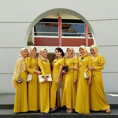 21 ideas party outfit skirt colour for 2019 Dress Brukat, Hijab Style Dress, Hijab Wedding Dresses, Lace Dress, Bridesmaid Dresses, Hijab Outfit, Dress Wedding, Yellow Bridesmaids, Party Gowns
