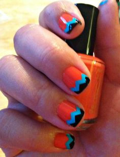 Southwestern design! I think I just figured out how Im painting my nails this afternoon! lol