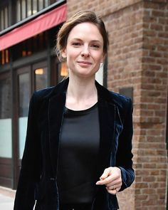 Rebecca Ferguson - Out in New York City 2017 Beautiful Smile, Most Beautiful Women, Rebecca Ferguson Hot, Rebecca Fergusson, Molly Quinn, Jessica Chastain, Beautiful Celebrities, Celebrity Crush, Her Style