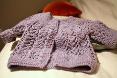 A quick and easy classic for those last minute shower gifts. #cardigan #baby #gift