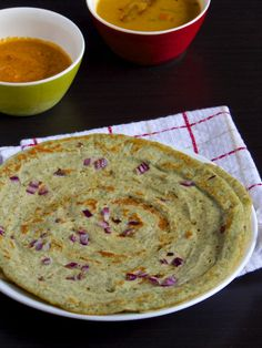 A kind of dosa made with just Whole green gram (mung beans). This is served with Upma and allam pachidi as a side chutney.